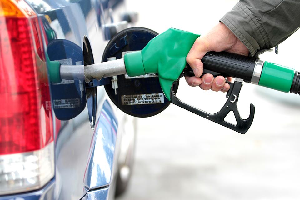Combustível adulterado: saiba os riscos e o que fazer